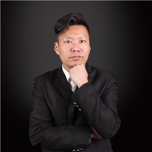 刘仁文  毕业于清华大学