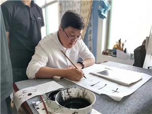 侯帅  齐鲁工业大学艺术学院硕士